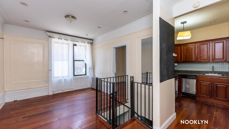 A $3,400.00, 4 bed / 1.5 bathroom apartment in Clinton Hill