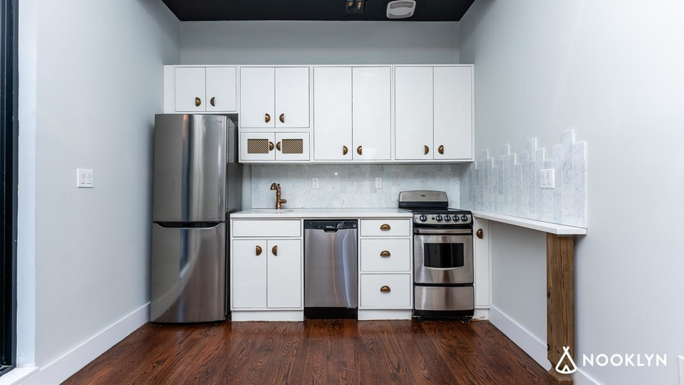 A $2,750.00, 1 bed / 1 bathroom apartment in Clinton Hill