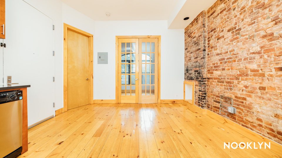 A $2,499.00, 2 bed / 1 bathroom apartment in Crown Heights