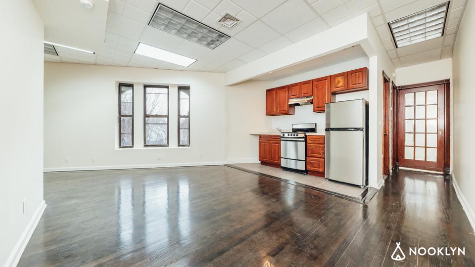 A $2,250.00, 3 bed / 1.5 bathroom apartment in Flatbush
