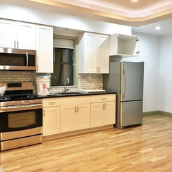 A $2,550.00, 3 bed / 1 bathroom apartment in Ridgewood