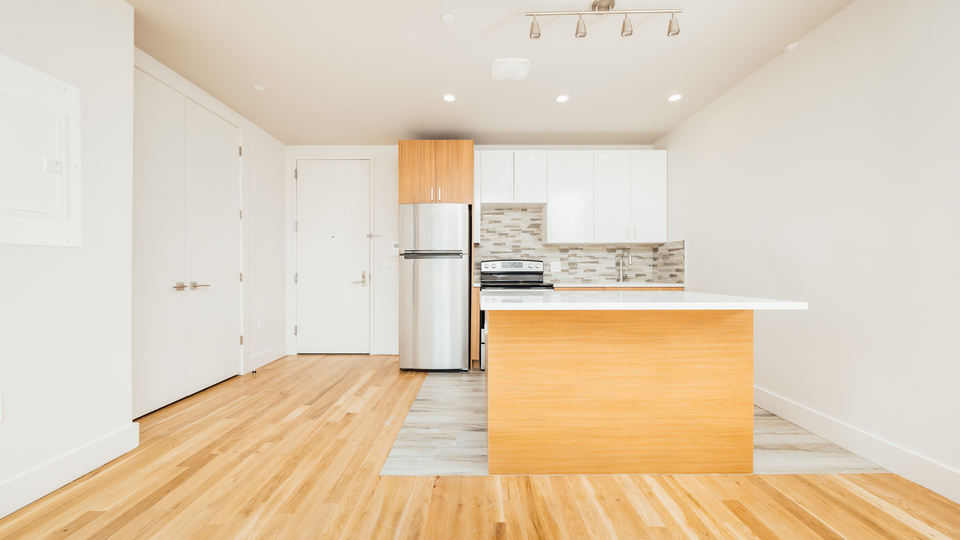 A $2,300.00, 1 bed / 1 bathroom apartment in Morris Heights
