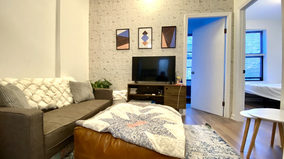 A $5,300.00, 3 bed / 1 bathroom apartment in Chelsea