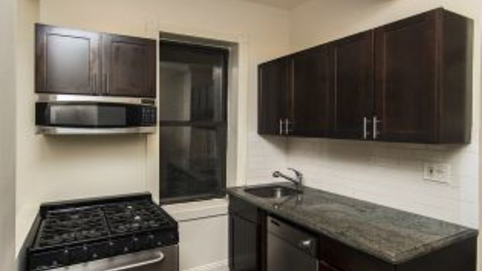 A $2,831.00, 1 bed / 1 bathroom apartment in Upper East Side