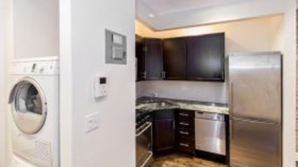 A $2,610.00, 1 bed / 1 bathroom apartment in Upper East Side