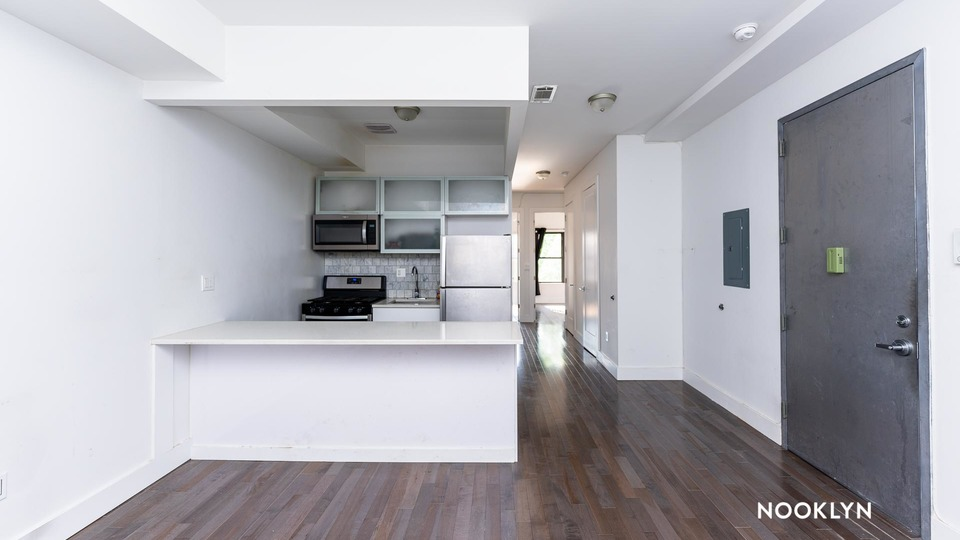 A $2,800.00, 4 bed / 2 bathroom apartment in Bed-Stuy