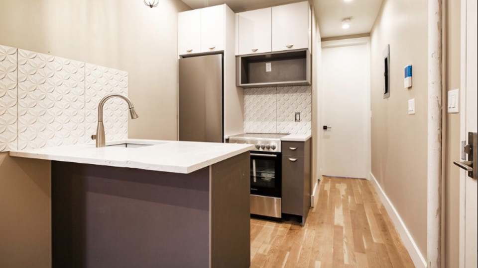 A $2,612.00, 2 bed / 1 bathroom apartment in Greenpoint