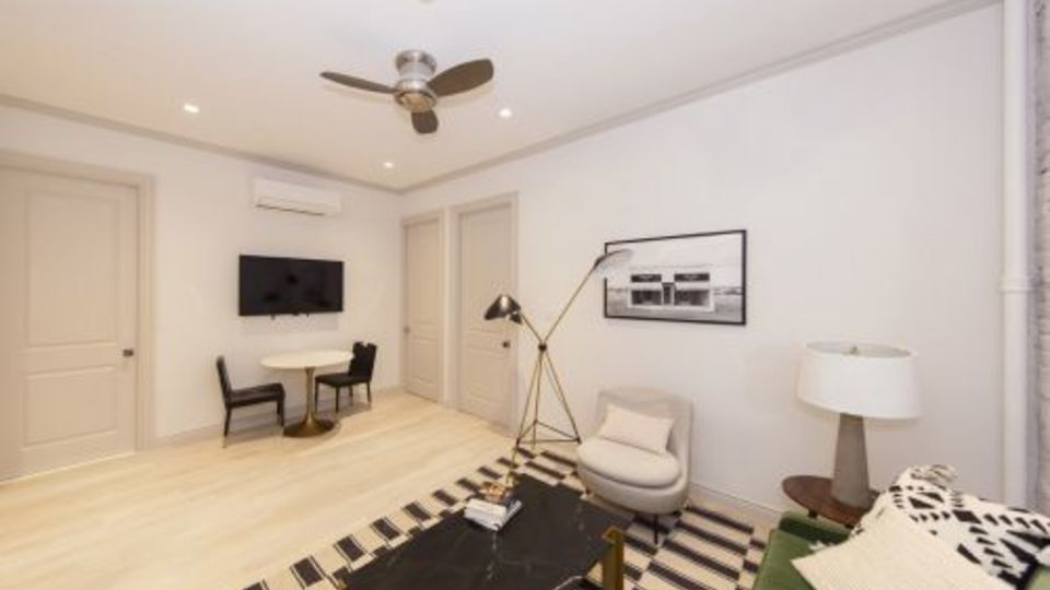 A $5,838.00, 2 bed / 1 bathroom apartment in Greenwich Village