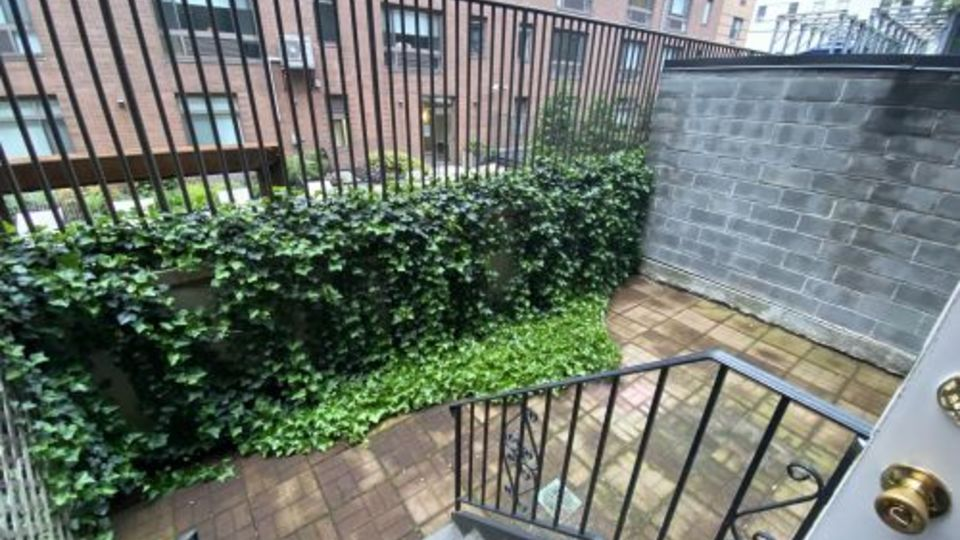 A $5,958.00, 3.5 bed / 1.5 bathroom apartment in Hell's Kitchen
