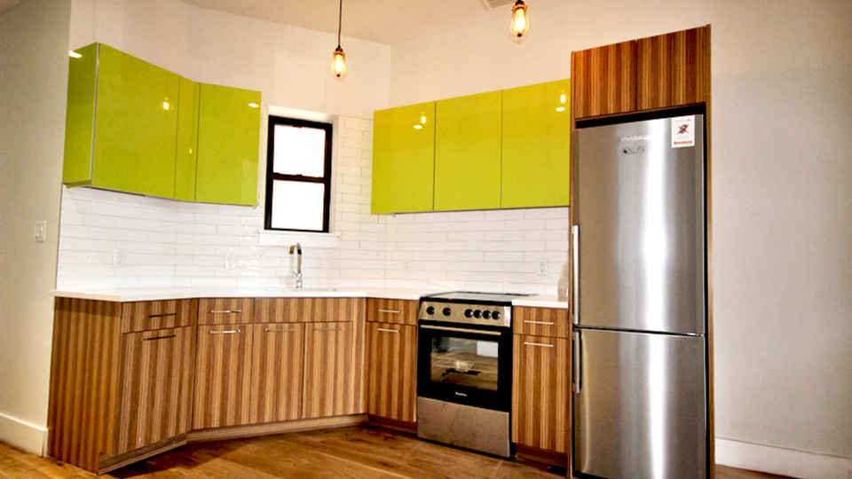 A $2,450.00, 2 bed / 1 bathroom apartment in Sunset Park