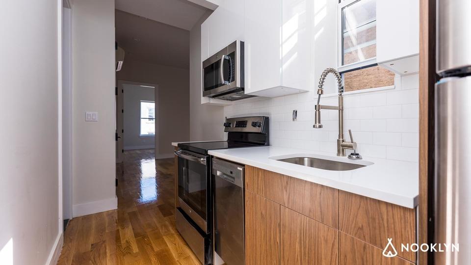 A $3,200.00, 4 bed / 2 bathroom apartment in Ridgewood