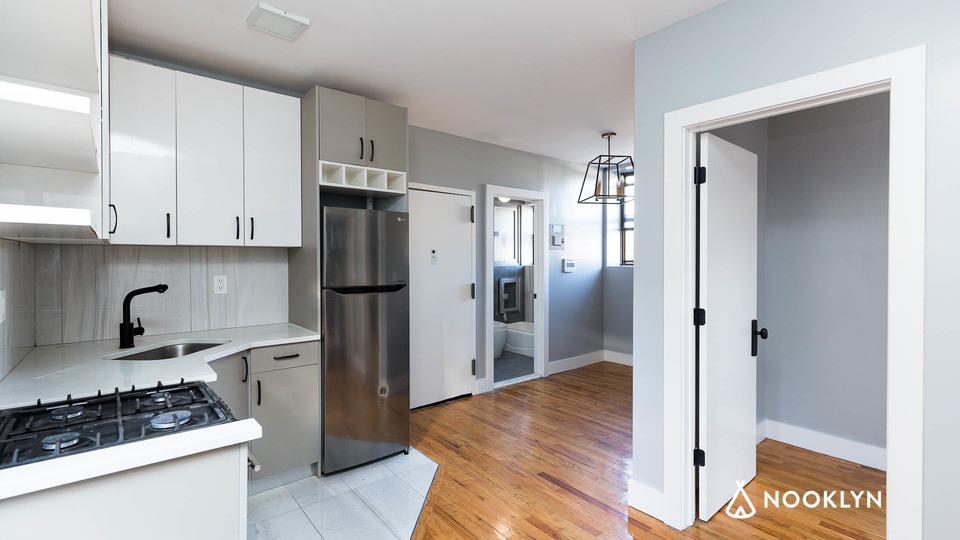 A $2,200.00, 2 bed / 1 bathroom apartment in East Harlem
