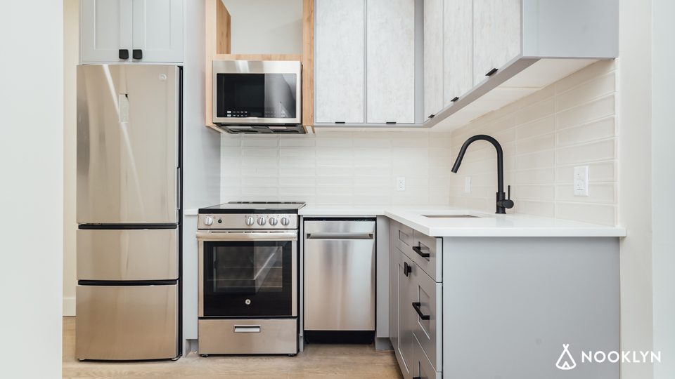 A $2,700.00, 3 bed / 1.5 bathroom apartment in East Flatbush
