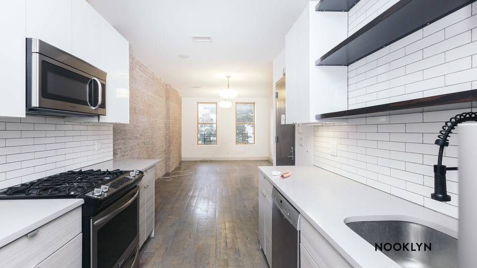 A $2,383.00, 2 bed / 1 bathroom apartment in Ridgewood
