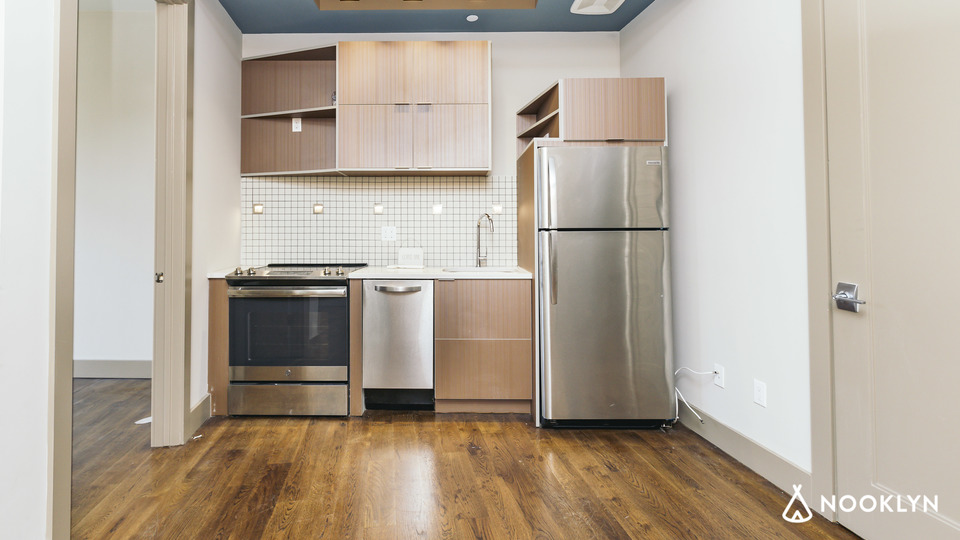A $2,900.00, 2 bed / 1 bathroom apartment in Greenpoint