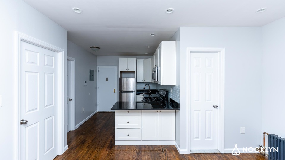 A $2,750.00, 2 bed / 1 bathroom apartment in Prospect Heights