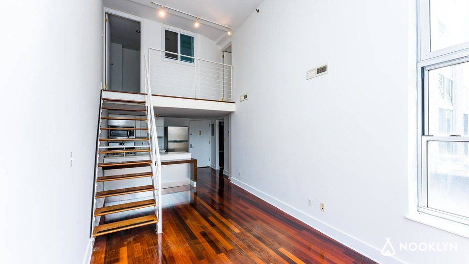 A $4,250.00, 3 bed / 2 bathroom apartment in Greenpoint