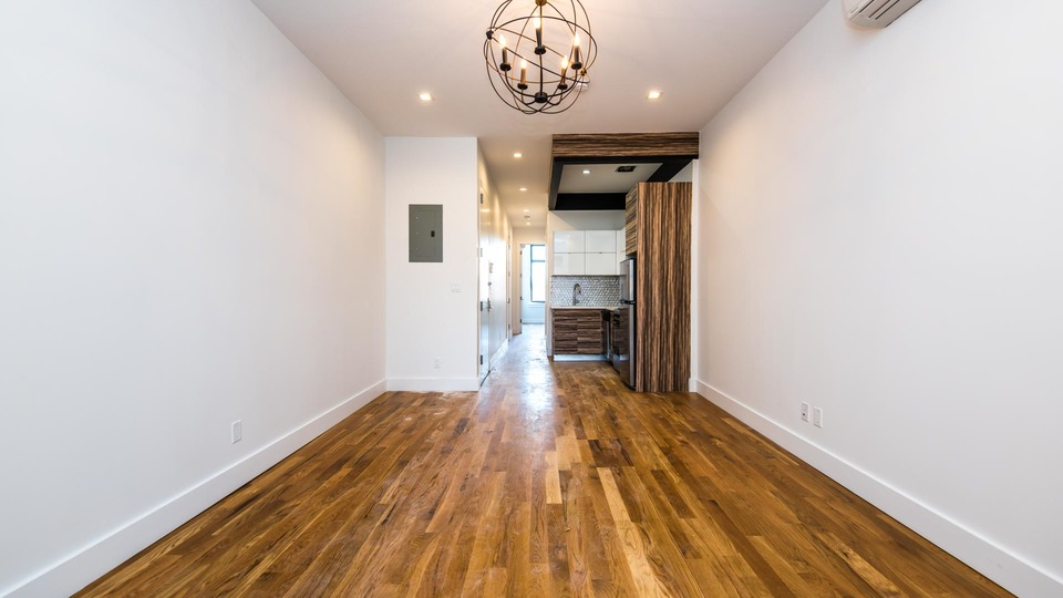 A $2,650.00, 3 bed / 1.5 bathroom apartment in Bushwick