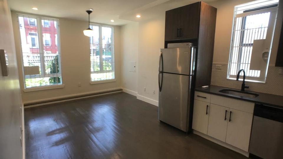 A $1,750.00, 0 bed / 1 bathroom apartment in Bushwick