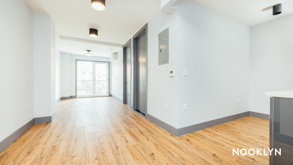 A $2,300.00, 2 bed / 1 bathroom apartment in Kensington