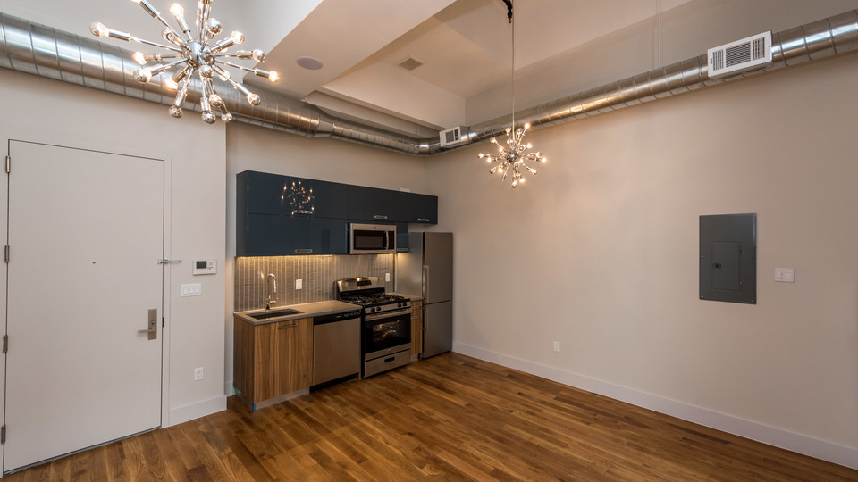 A $2,425.00, 2 bed / 1 bathroom apartment in Bed-Stuy