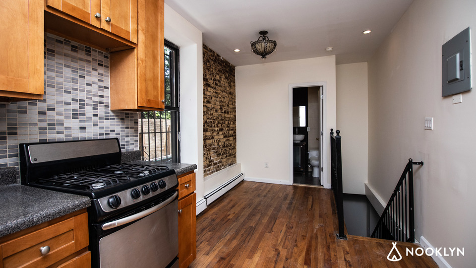 A $2,350.00, 0 bed / 1.5 bathroom apartment in Crown Heights