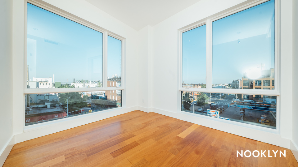 A $4,625.00, 3 bed / 2 bathroom apartment in Greenpoint