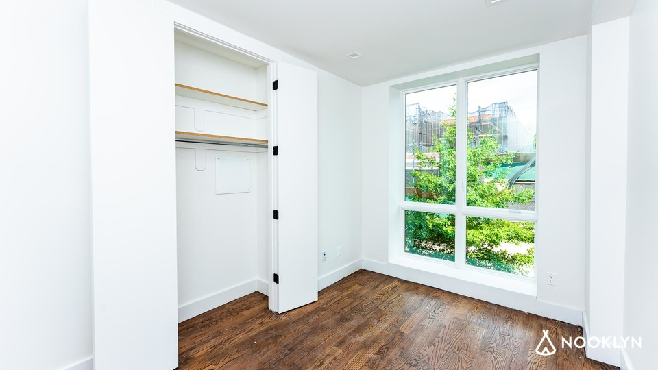 A $2,900.00, 2 bed / 2 bathroom apartment in Bushwick