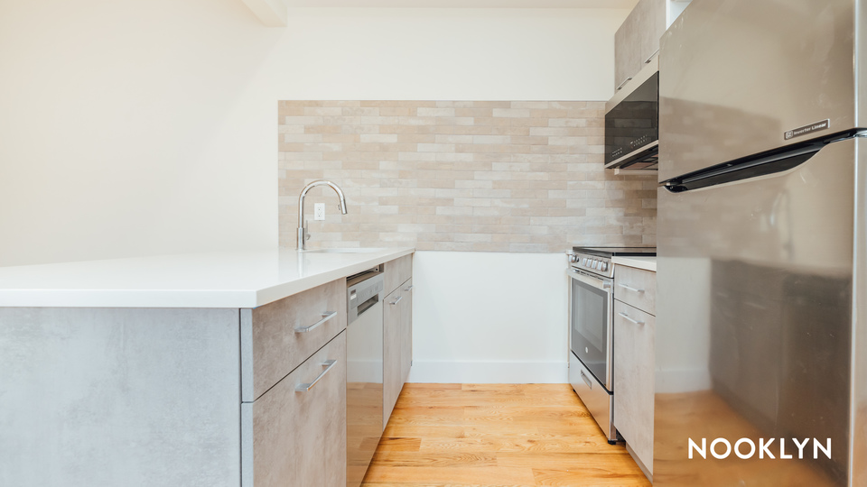 A $2,659.00, 3 bed / 2 bathroom apartment in Crown Heights