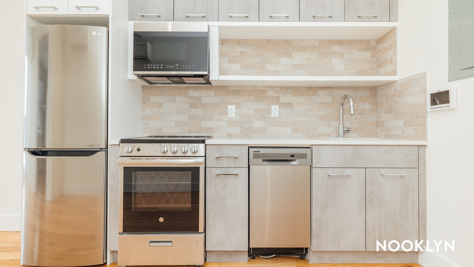 A $2,083.00, 1 bed / 1 bathroom apartment in Crown Heights