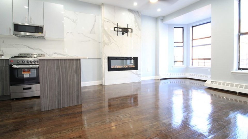 A $2,850.00, 3 bed / 2 bathroom apartment in Crown Heights