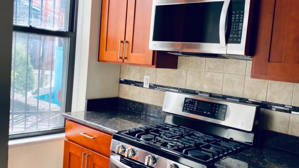 A $2,200.00, 2 bed / 2 bathroom apartment in Bed-Stuy
