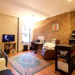 A $2,450.00, 2 bed / 1 bathroom apartment in Brooklyn Heights