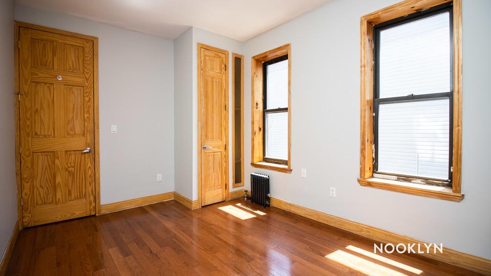 A $2,150.00, 2 bed / 1 bathroom apartment in Ridgewood