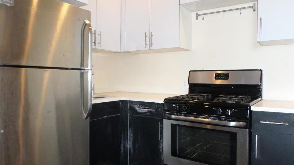 A $3,600.00, 4 bed / 1.5 bathroom apartment in Crown Heights