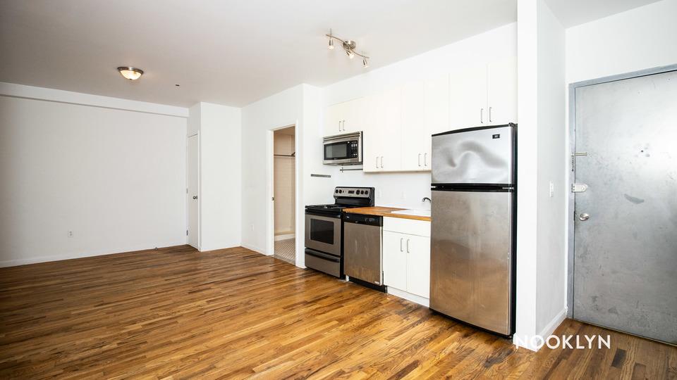 A $2,199.00, 2 bed / 1 bathroom apartment in Bushwick