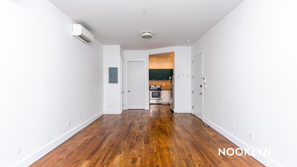 A $1,650.00, 0 bed / 1 bathroom apartment in East Flatbush