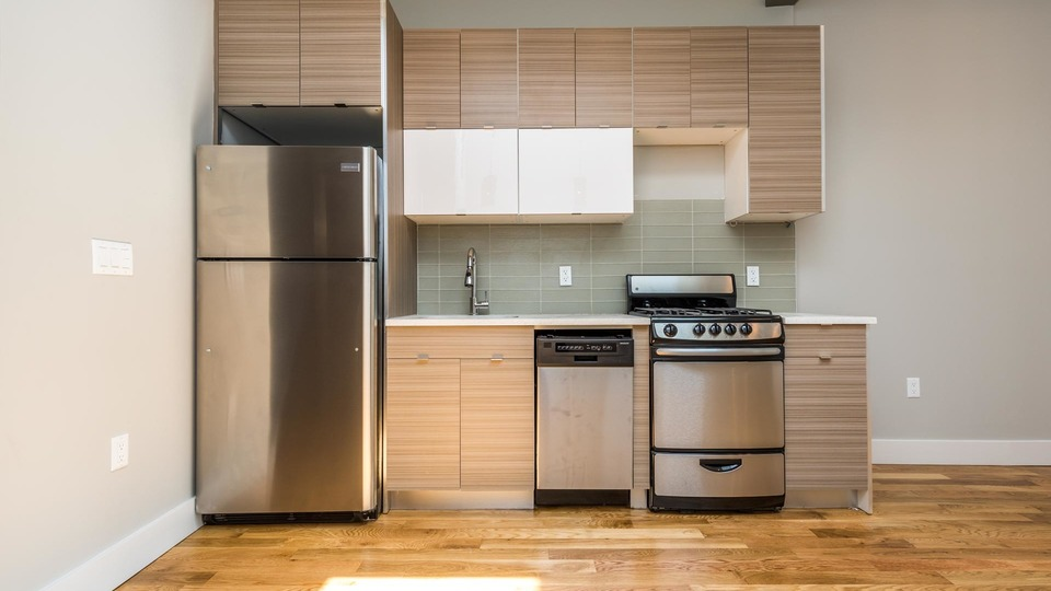 A $3,138.00, 3 bed / 1.5 bathroom apartment in Bushwick