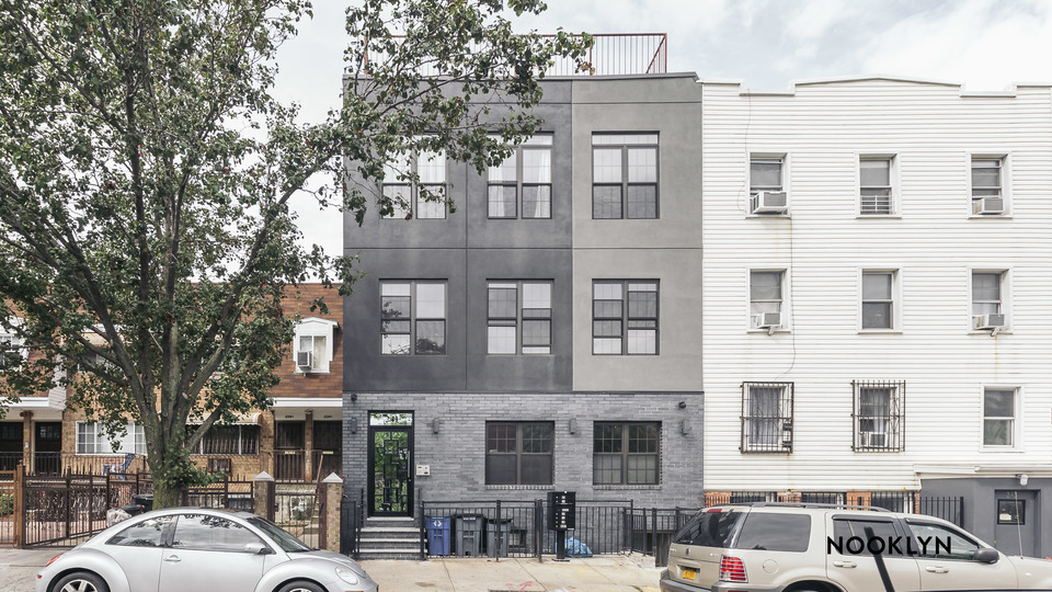 A $4,200.00, 4 bed / 2 bathroom apartment in Williamsburg