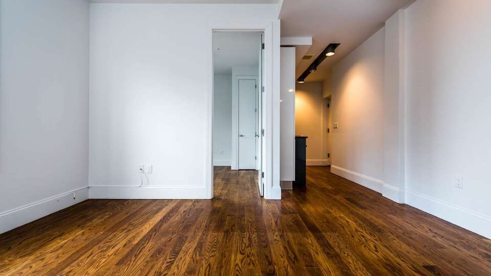 A $2,500.00, 3 bed / 1 bathroom apartment in Ridgewood