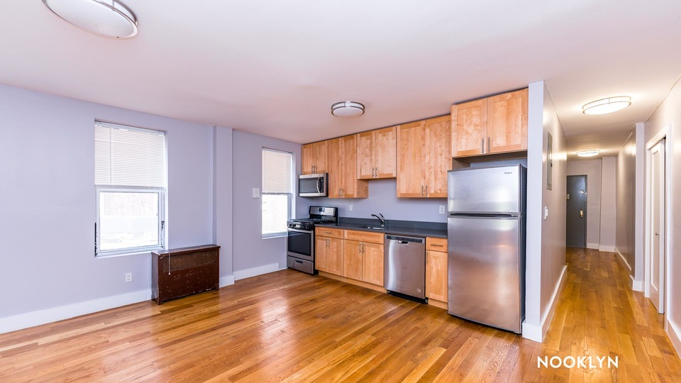 A $3,185.00, 3 bed / 2 bathroom apartment in Inwood