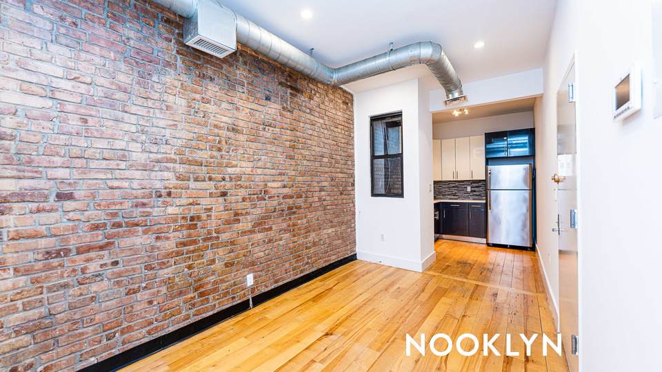 A $3,117.00, 3 bed / 1 bathroom apartment in Prospect Heights