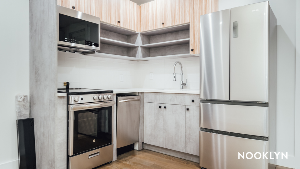 A $4,025.00, 4 bed / 4 bathroom apartment in Ridgewood