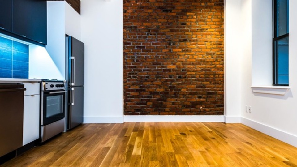 A $3,250.00, 3 bed / 1 bathroom apartment in Williamsburg