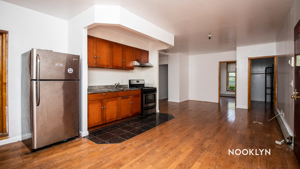 A $4,000.00, 5 bed / 2 bathroom apartment in Bed-Stuy