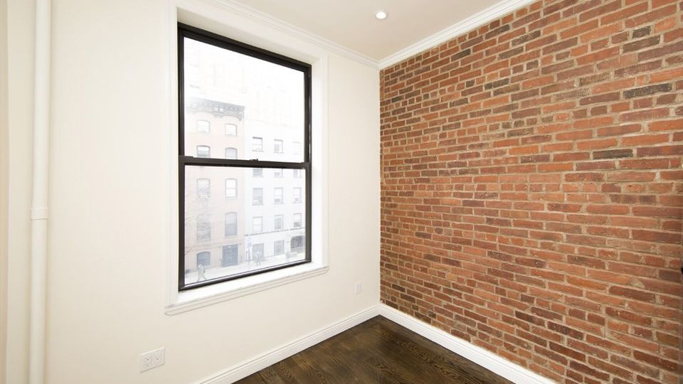 A $1,969.00, 0 bed / 1 bathroom apartment in West Village