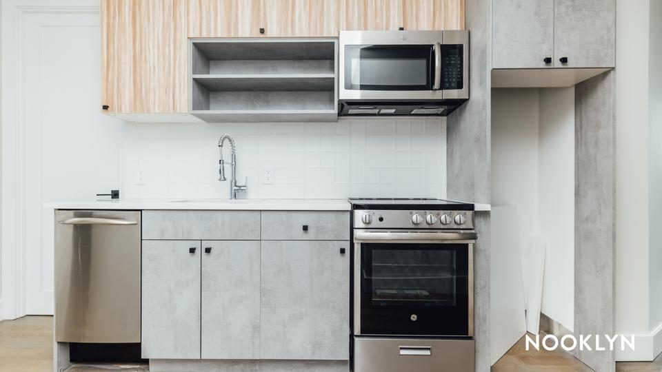 A $4,375.00, 4 bed / 4 bathroom apartment in Ridgewood