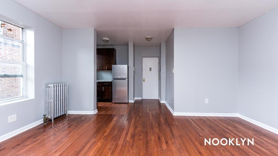 A $1,800.00, 1 bed / 1 bathroom apartment in Washington Heights