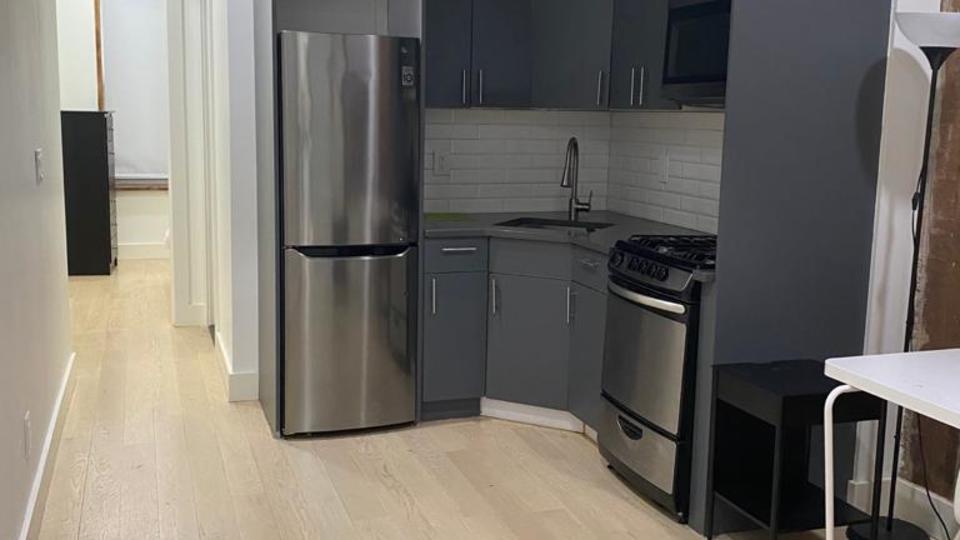 A $4,000.00, 4 bed / 3 bathroom apartment in Bushwick
