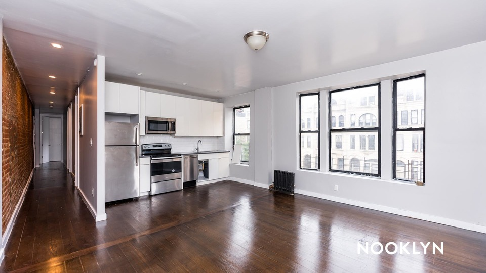 A $2,999.00, 3 bed / 2 bathroom apartment in Harlem